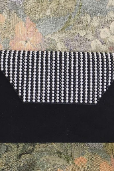 Slim Clutch – Black Velvet with black and white pearls