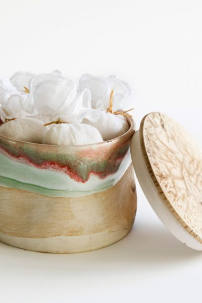 Ceramic Box with Jasmine Salts