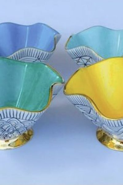 Frilled Colored Bowl